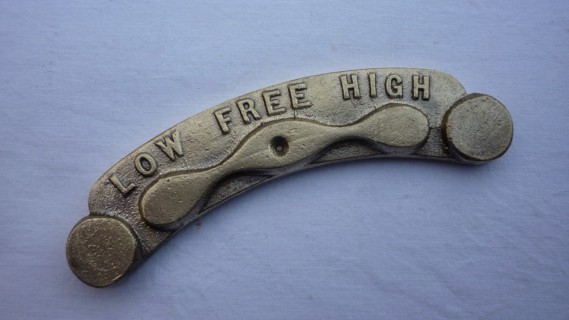 High-free-low plate